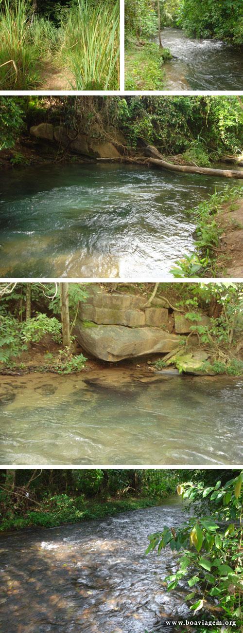 Rio de água quente no município do Rio Quente em Goiás