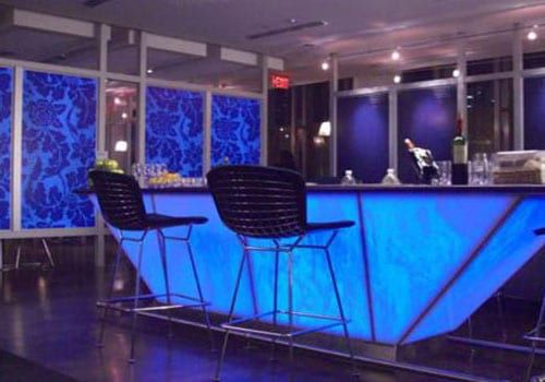 Admirals Lounge – American Airlines