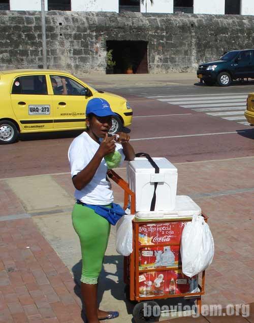 Vendedora de comida em Cartagena