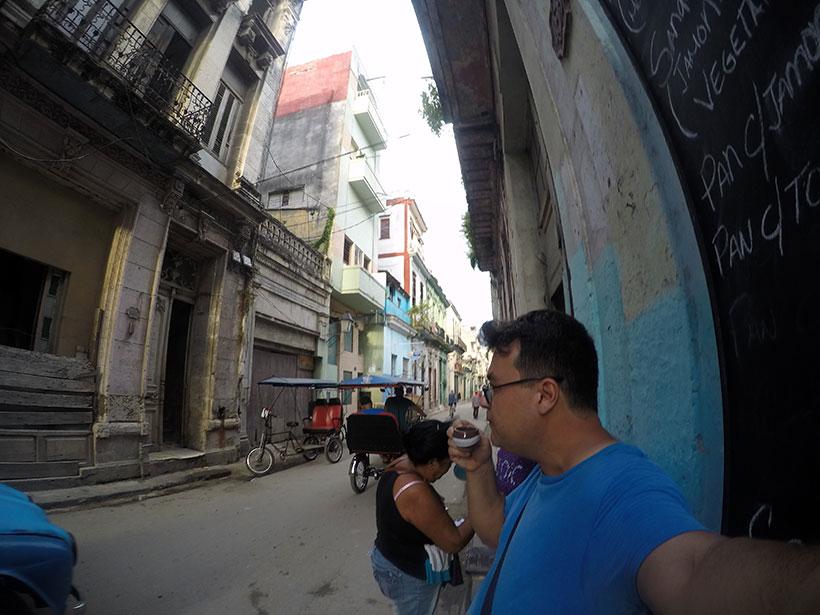 Cafézinho pelas ruas de Havana