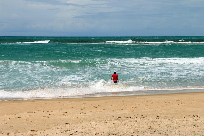 Águas mornas do mar que banha o sul do Rio Grande do Norte