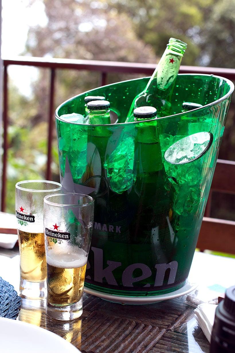 Cerveja Heineken com o melhor ceviche de Noronha, nada mal né!?
