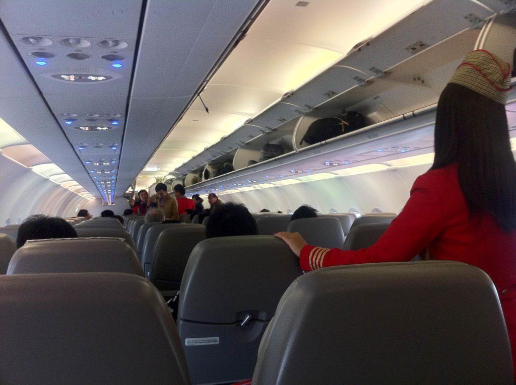 viagem de avião no Vietnã