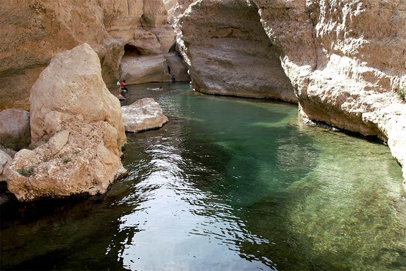 Piscina natural em um dos Oásis no Omã
