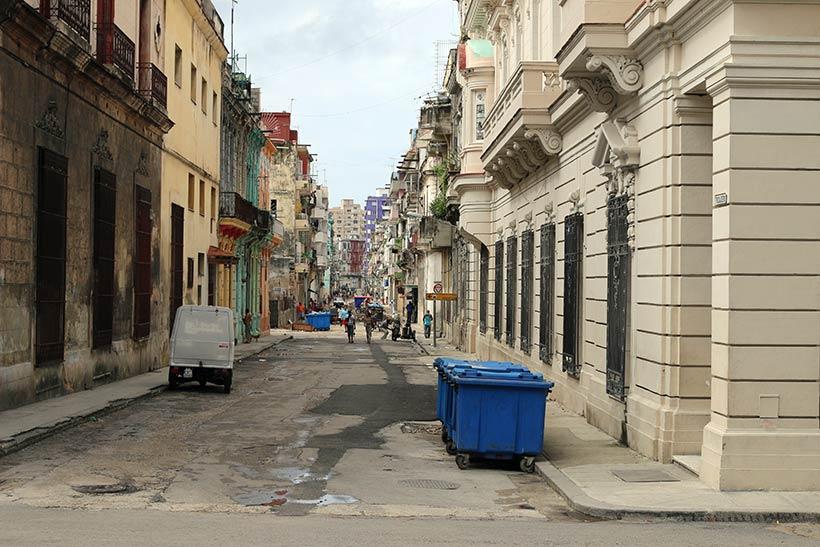 Outra rua no centro de Havana
